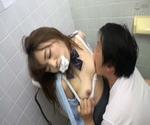 トイレ押し込みレイプ犯罪投稿映像03
